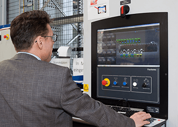 With TDM, Stefan Kempf can track the utilization of his machines in real time.