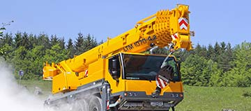 Mobile crane from Liebherr.